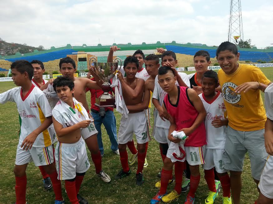 El Carmen derrota a Portoviejo y es campeón de la Copa El Diario