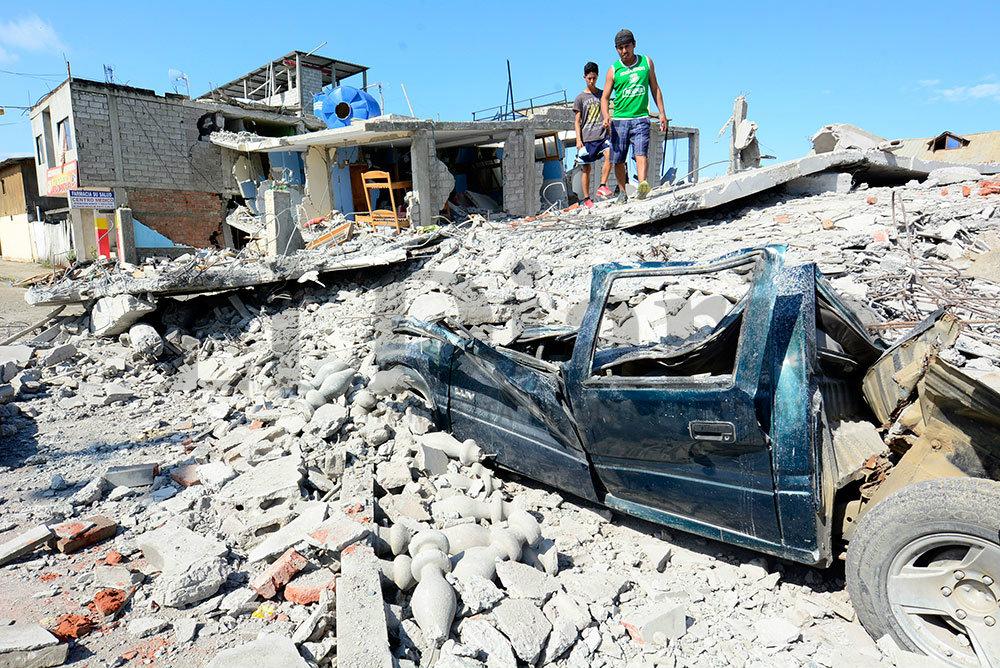 Bahía y Canoa, golpeadas por trágico terremoto