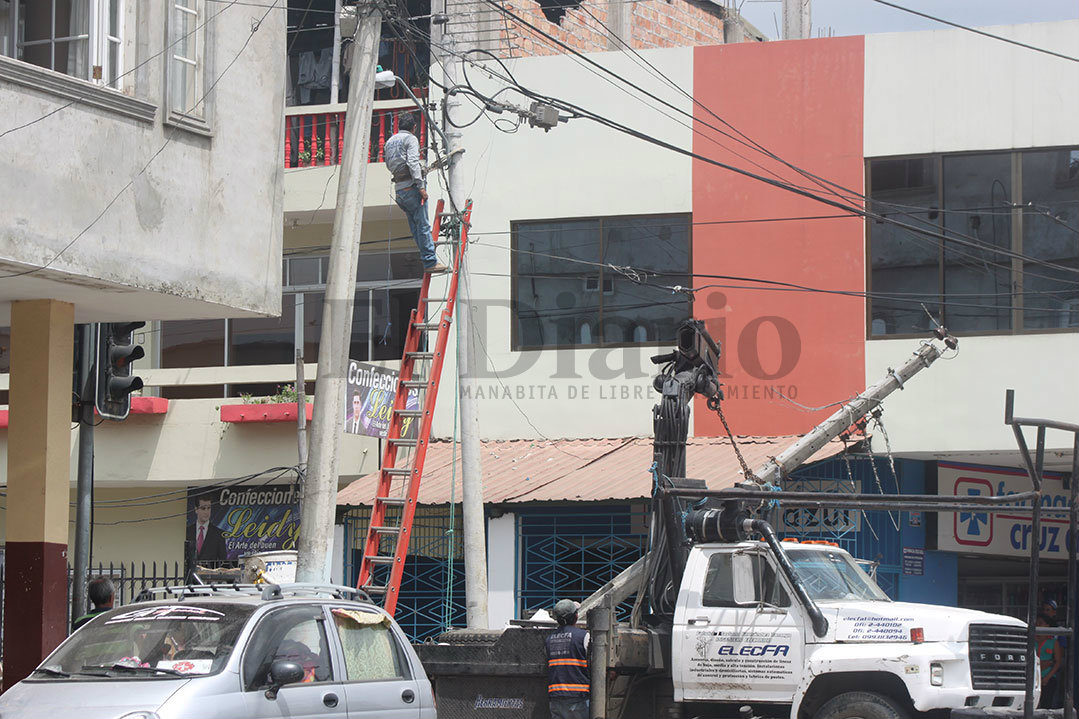 Manos solidarias se unen tras terremoto en Ecuador
