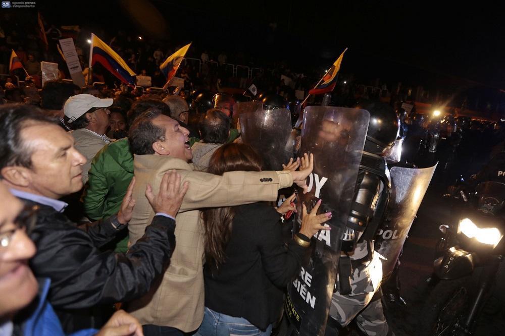 También hubieron protestas contra la Ley de Plusvalía en Guayaquil y Cuenca.