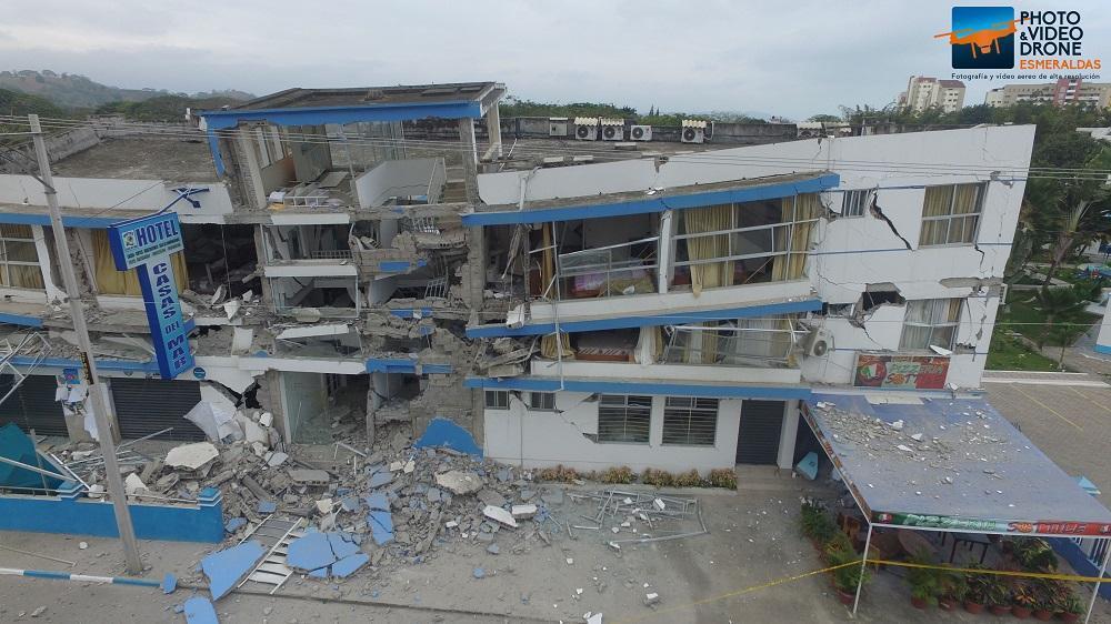 Las clases en escuelas y colegios fueron suspendidas tras los sismos. Foto Cortesía: Miguel Ortega de 'Drone Esmeraldas'
