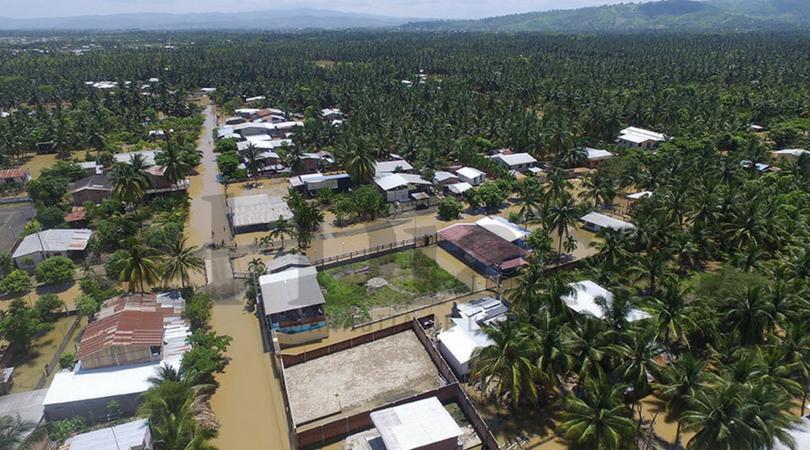 Varios cantones manabitas siguen inundados