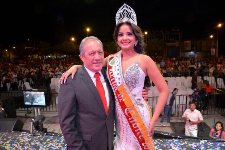 Chone tiene nueva reina: Éricka López