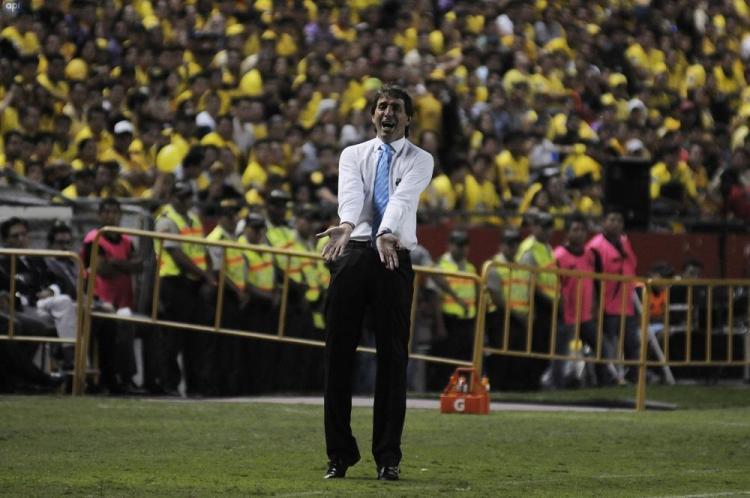 Barcelona SC y Santos de Brasil empatan 1-1 en el Monumental