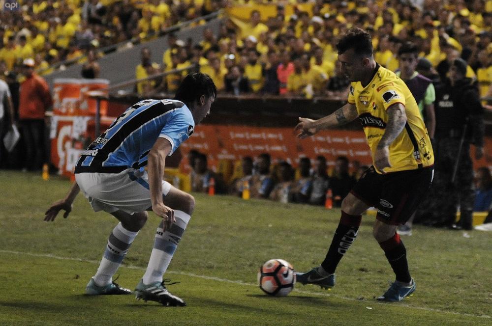 Barcelona SC cae 0-3 ante Gremio en el estadio Monumental