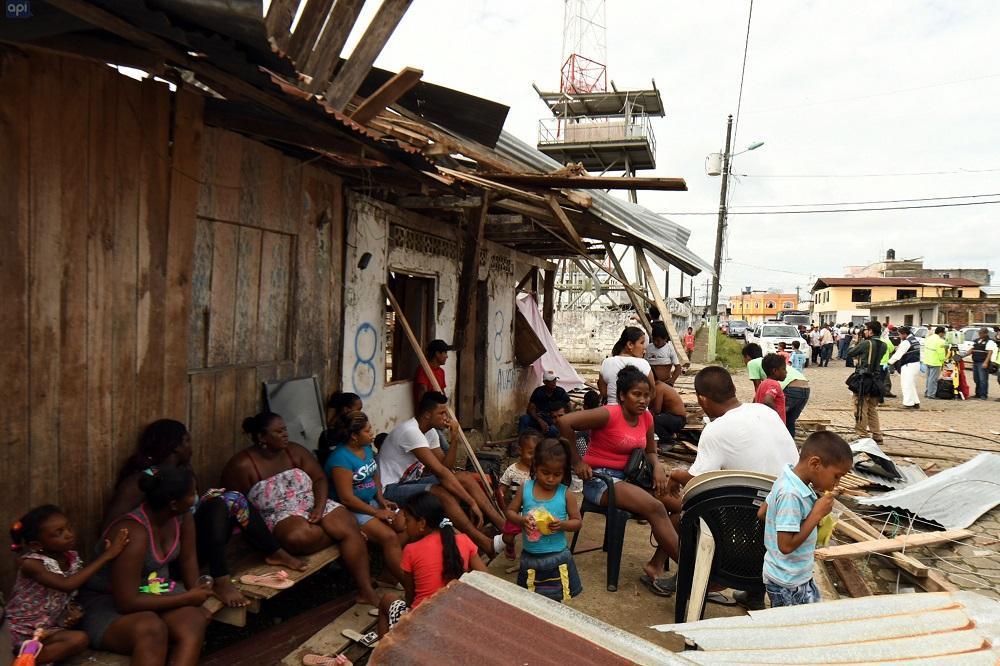 Varias familias se vieron afectadas tras la explosión.