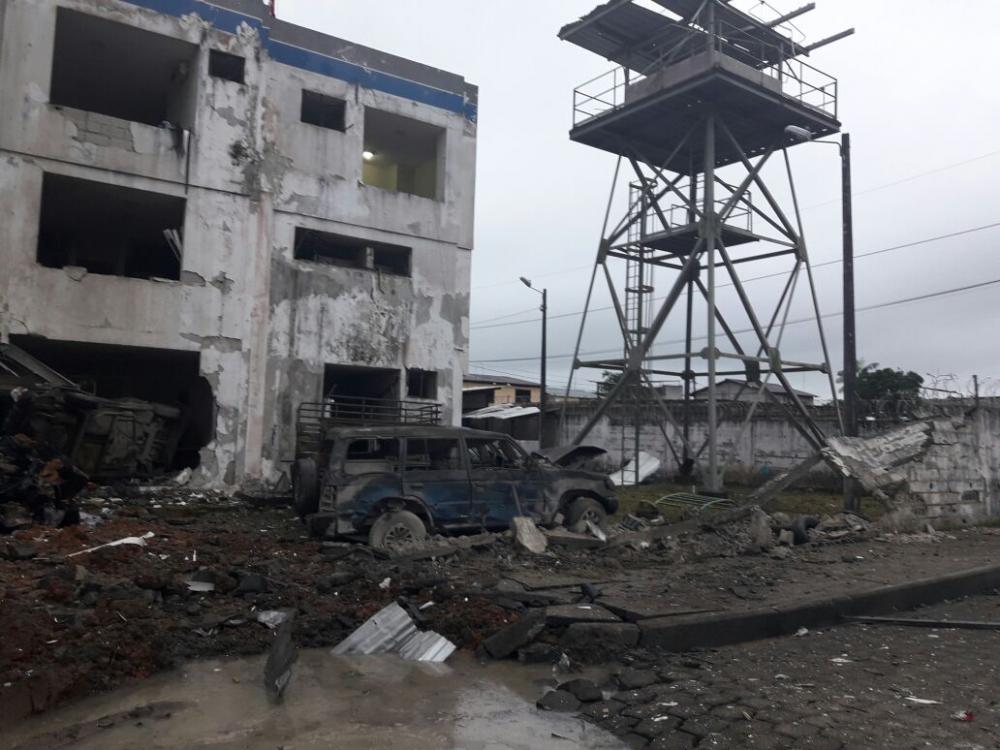 La Cancillería de Ecuador expresó su 'más enérgica condena al atentado perpetrado contra la Policía Nacional'.