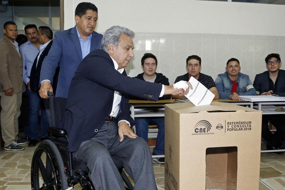 El Presidente Lenín Moreno sufragó en la Universidad Tecnológica Equinoccial (UTE) de Quito.