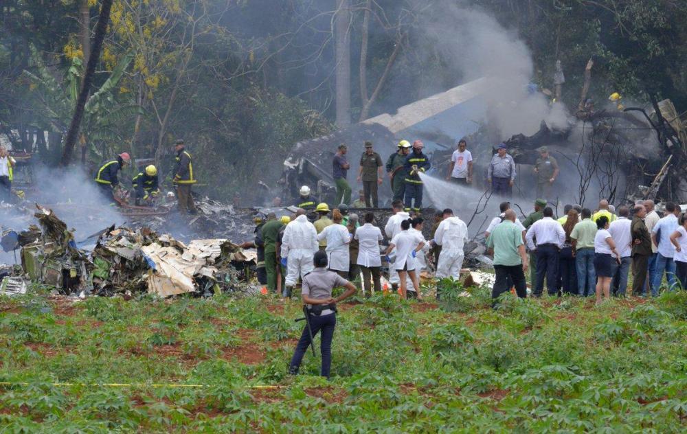 Se trata de un Boeing-737 que cayó a tierra poco después de despegar y que pertenece a la compañía mexicana Damojh