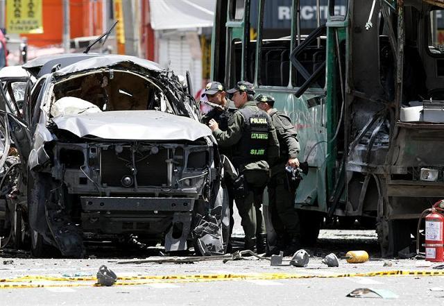 Atentado en Bogotá deja 2 muertos y 29 heridos