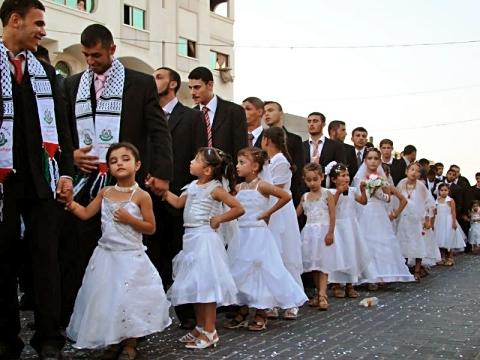 450 hombres mayores de 20 años se casaron con  niñas menores de 10 años