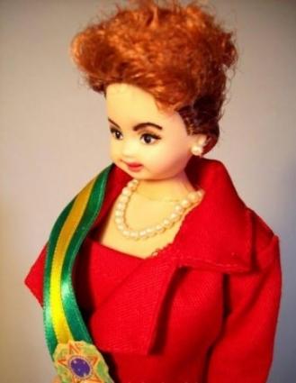 Diseñaron una muñeca tipo 'Barbie' inspirada en la presidenta Dilma Rousseff