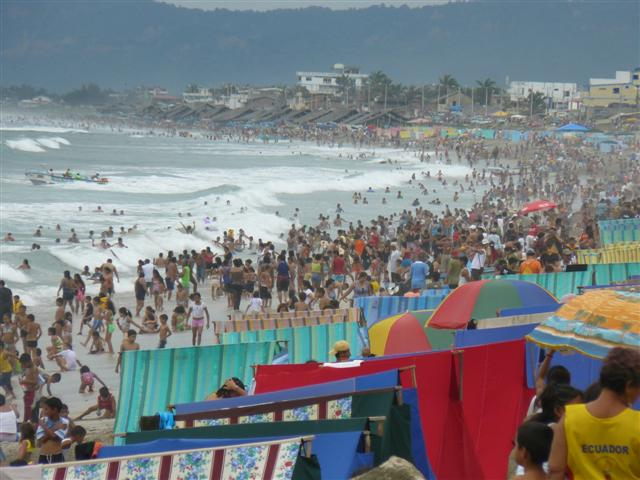 Feriado del 10 de Agosto se traslada hacia el viernes 13