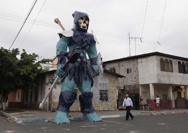 Monigotes Gigantes en Guayaquil