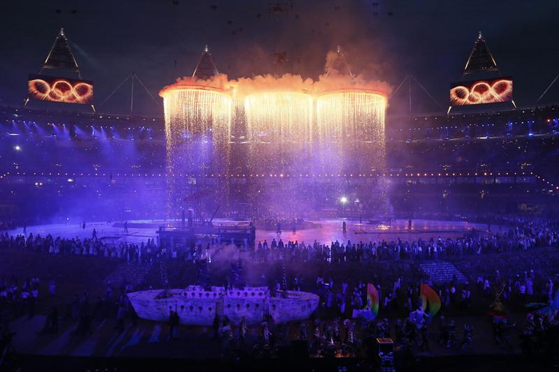 La llama olímpica arde en Londres