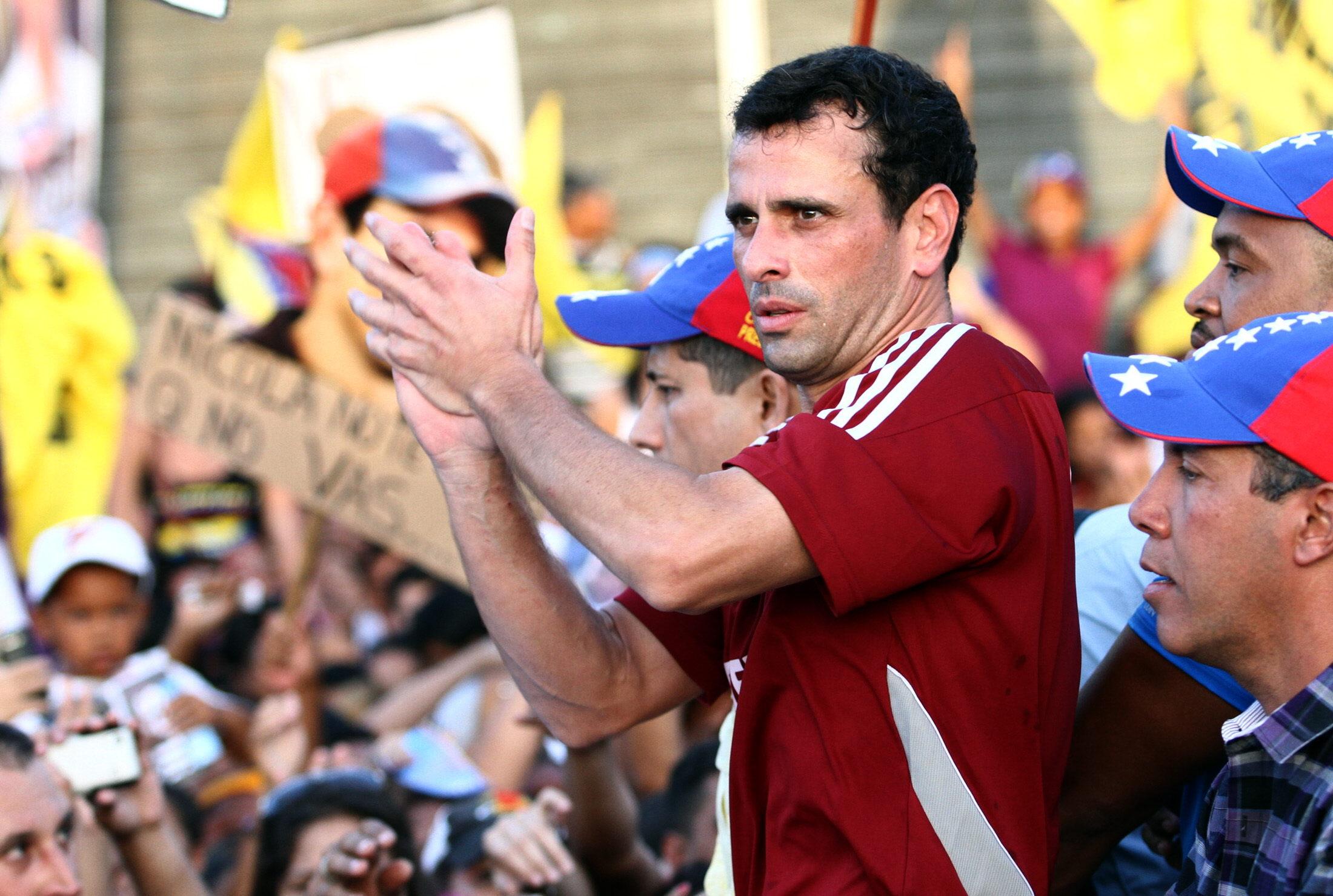 Maduro y Capriles abren formalmente la campaña