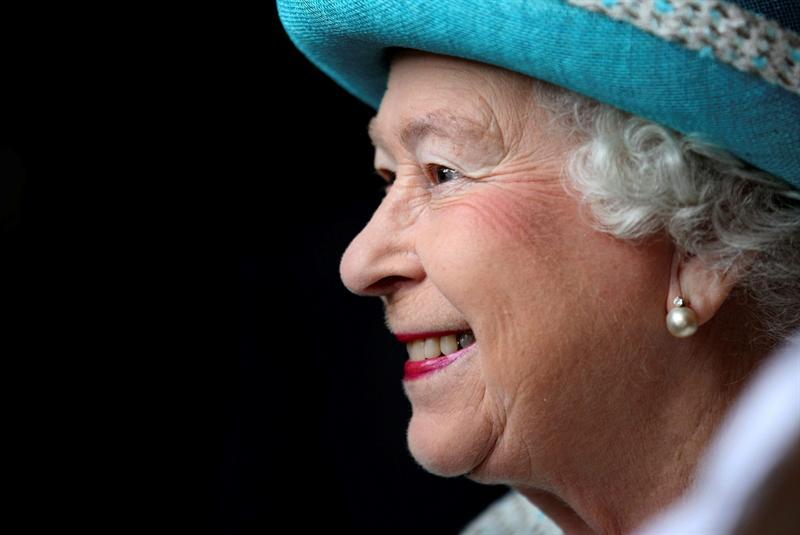 Isabel II renueva su compromiso con su país al cumplir 60 años en el trono