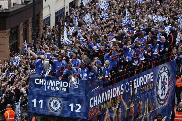 Chelsea celebra su primera corona de la UEFA