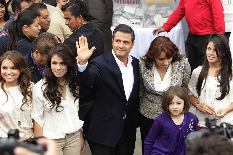 Peña Nieto gana comicios con 78% del voto escrutado