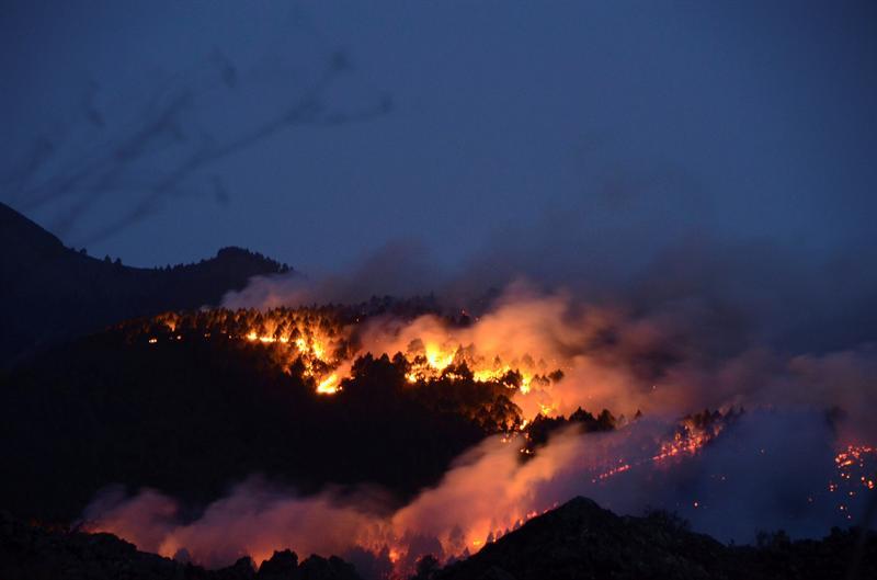 Incendios en España causan cuatro muertos y doce hospitalizados