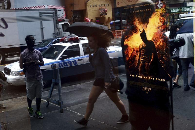 Cinco días de luto por matanza en cine de Colorado