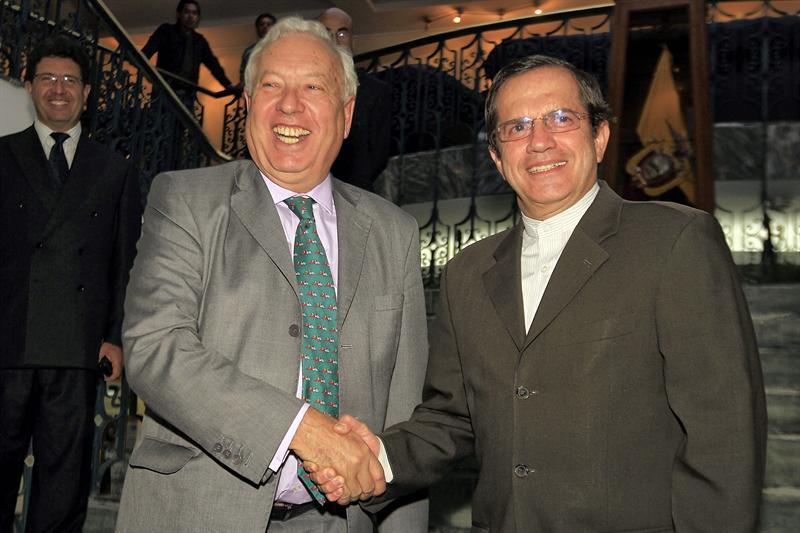 Ministros Ecuador y España tratan lazos económicos