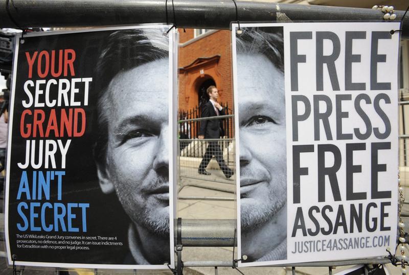 Asilo para Assange amenaza las relaciones entre Ecuador y Reino Unido