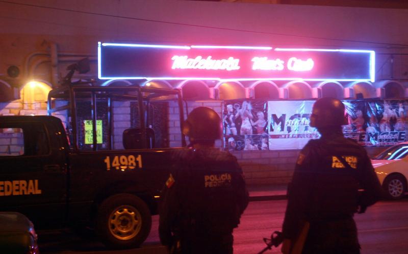 10 personas mueren durante atentado en un bar de México