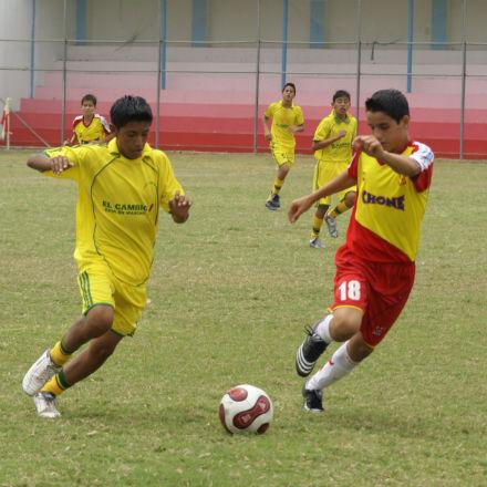 Chone derrotó 3-1 a 24 de Mayo en la Copa El Diario