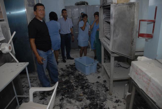 Principio de incendio en el hospital Verdi Cevallos Valda