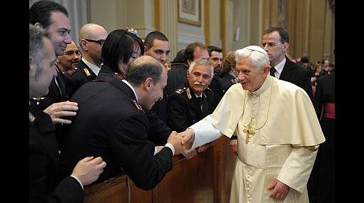 El Papa Benedicto XVI dio su bendición a redes sociales