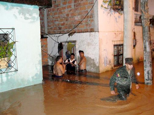 San Pablo de Chone duramente afectado por invierno