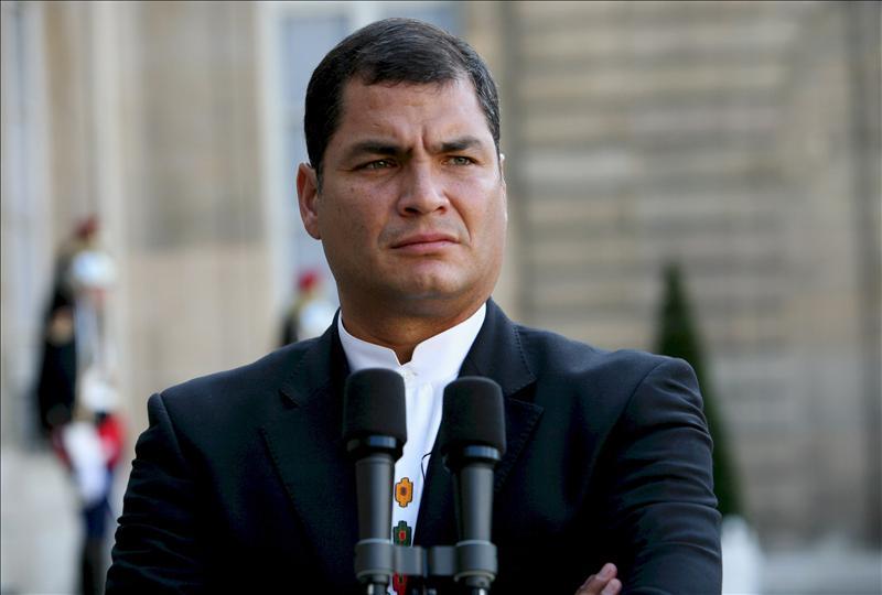 Correa tilda de 'grosera e intolerable' la 'amenaza' de R.Unido