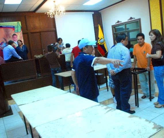 Presidente desayuna mañana con Guillem y 13 concejales