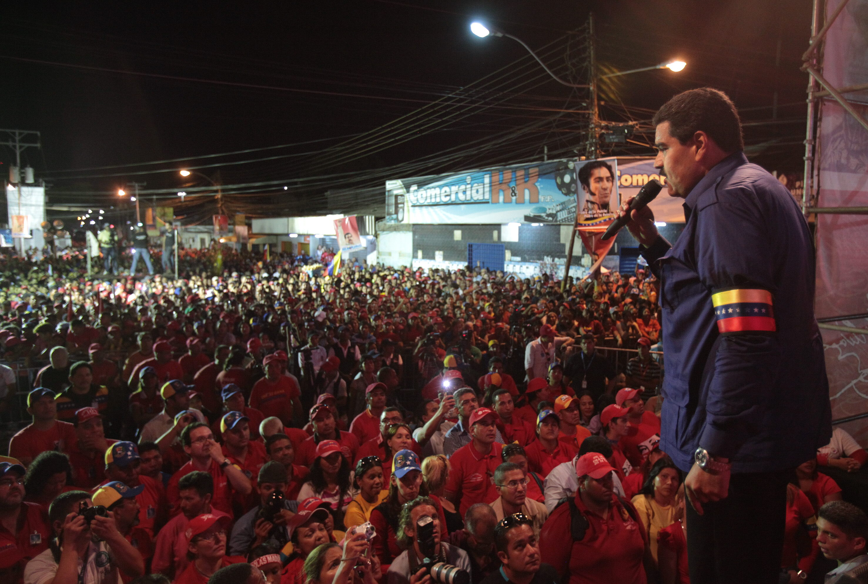 Triunfo de la oposición es traicionar a Chávez, dice Maduro