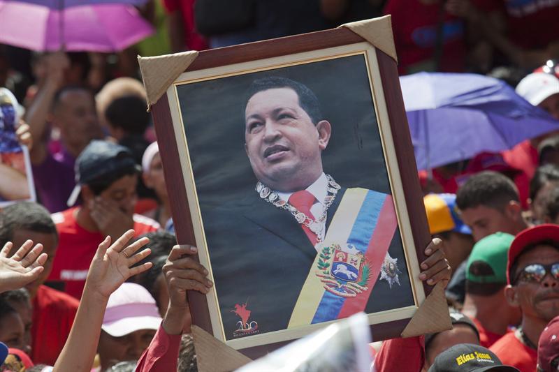 Inicia cuenta regresiva para elegir al sucesor de Chávez