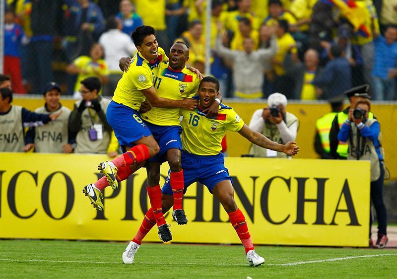 La prensa celebra la carrera de Ecuador hasta Brasil 2014