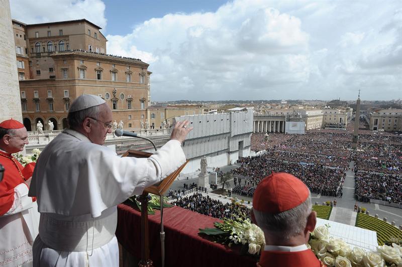 Francisco le desea al mundo unas 'buenas Pascuas'