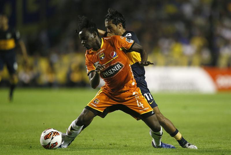 Gustavo Costas critica el arbitraje del encuentro Barcelona-Boca