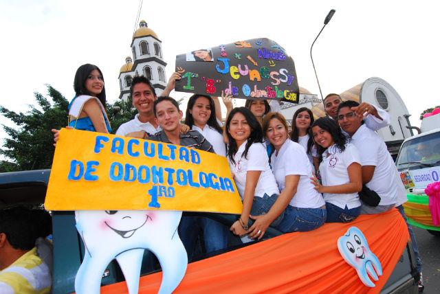 Marcha por Portoviejo se alimenta de civismo