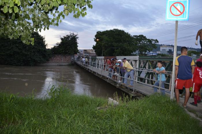 Creciente del río Portoviejo 12/03/2012