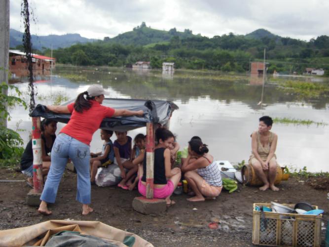 Inundación en Chone deja al menos diez mil familias afectadas