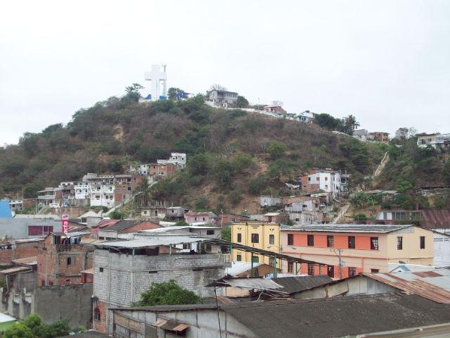 Varios lugares vulnerables a deslizamientos de tierra