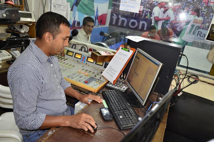 Preocupación por cierre de once radios en Ecuador