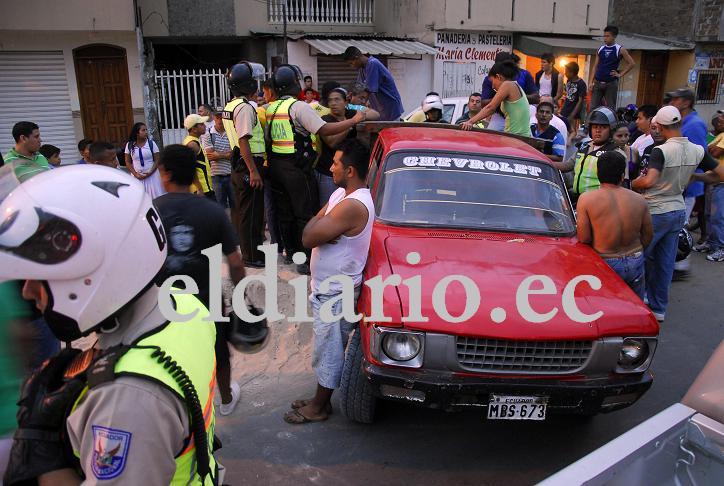 Un muerto y dos policías heridos en El Florón