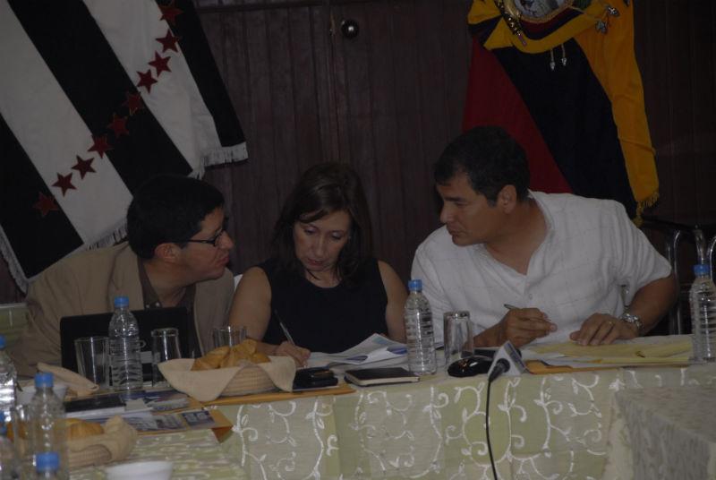 Correa cumple agenda en la zona norte