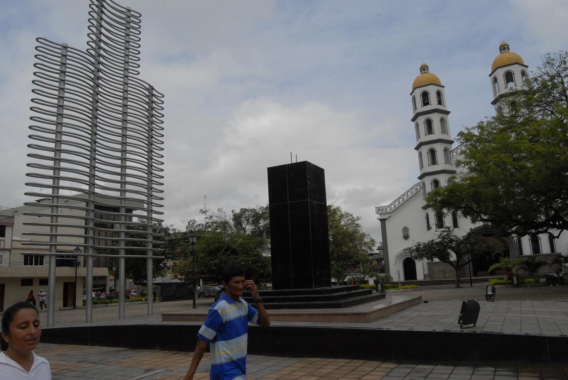 El monumento a Eloy Alfaro sigue esperando