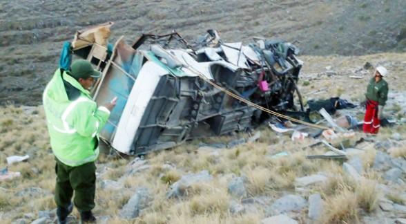 28 muertos y 10 heridos en accidente de tránsito