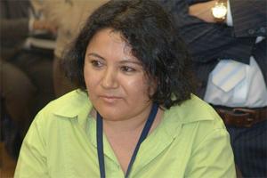 Legisladora ecuatoriana por Europa rechaza ataque xenófobo contra compatriota