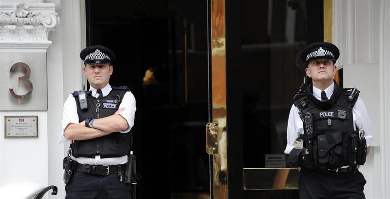 Relaciones entre Ecuador y Reino Unido están tensas